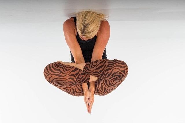 yoga-2970276_640